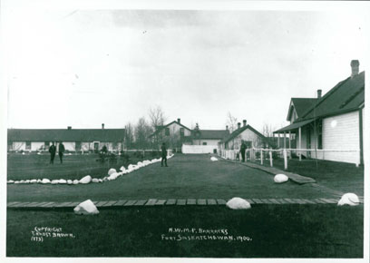 NWMP-Barracks-Fort-Saskatchewan-1900